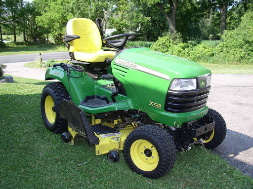 Finest Yard Tractor - Reviews & Acquiring Overview
