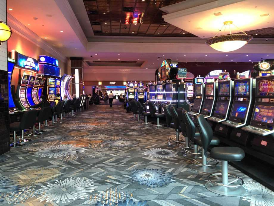 What Make Online Gambling Don't want You To Know
